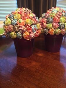 Complete small DumDum Topiary